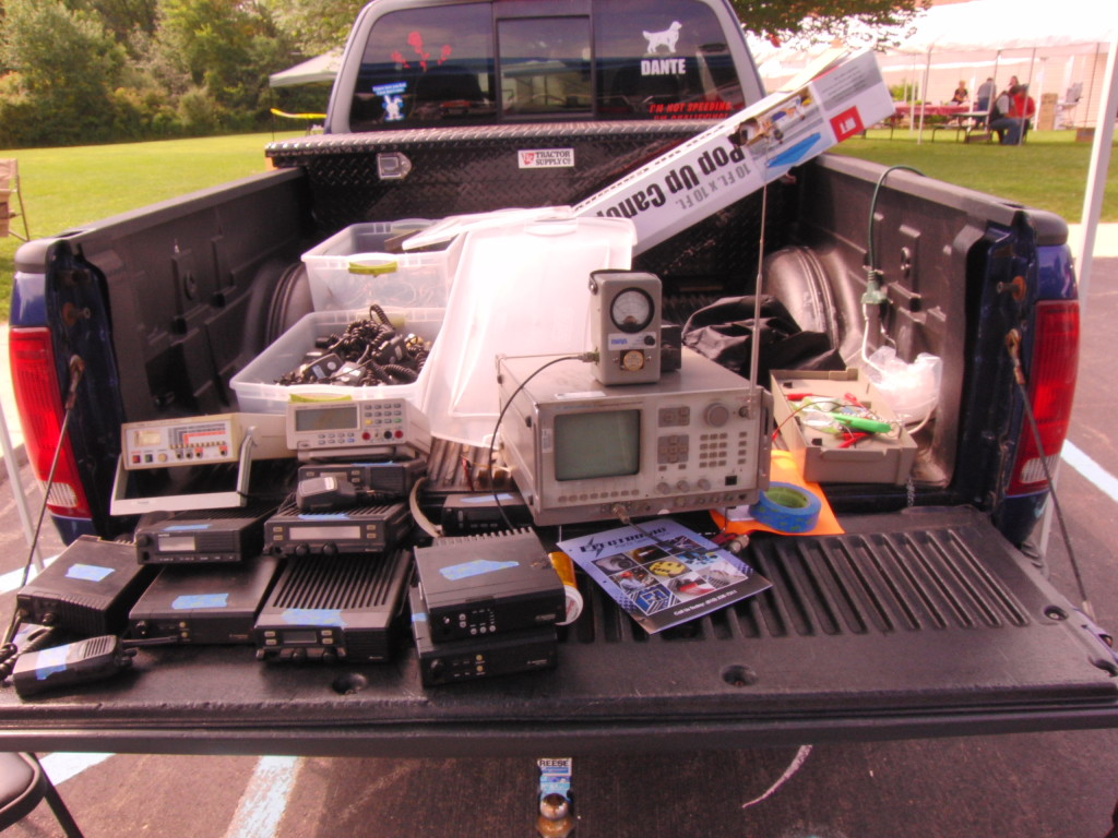 Buying Radio gear out of the back of a pickup truck